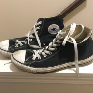 Well worn, Men's Black Converse Sneakers